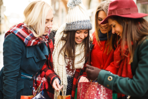 The Ultimate Guide to buying Christmas Gifts for Travelers